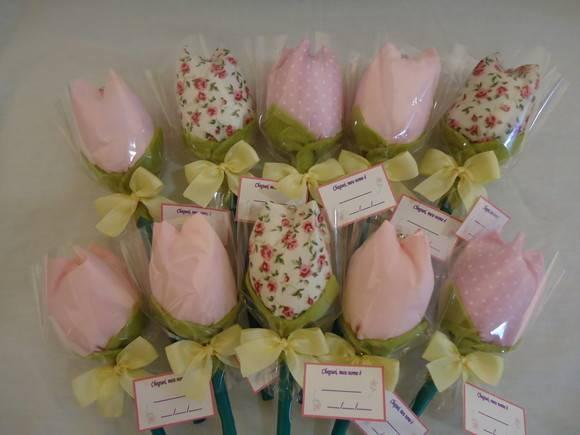 lapis-tulipa-de-tecido
