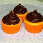Como fazer Cupcake de cenoura com cobertura de Nutella