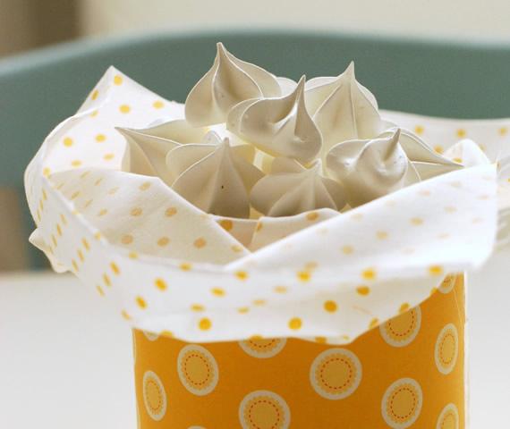como fazer lembrancinha com lata de leite ninho 6