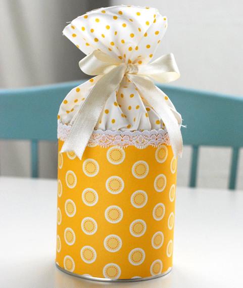 Pote de doces feito com lata de leite – Lembrancinha