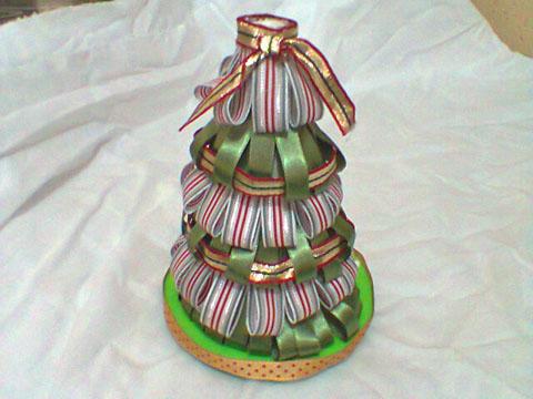 Arvore-de-Natal-decorativa-com-fitas-Sinimbu-passo-5