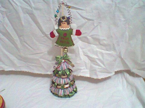 Arvore-de-Natal-decorativa-com-fitas-Sinimbu-passo-61