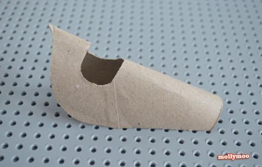 aviao feito com rolo de papel higienico 4