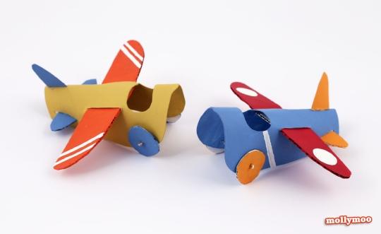 aviao feito com rolo de papel higienico 8