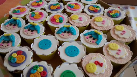 cupcake-personalizado-lalaloopsy-bolo