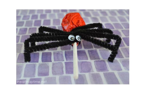 Como-fazer-aranha-de-pirulito-passo-4