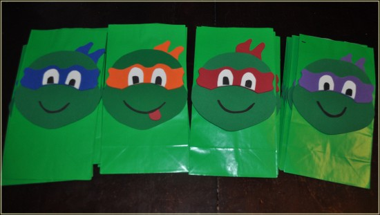 how-to-make-ninja-turtle-goodie-bags-550x311