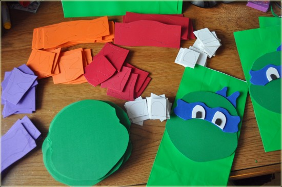 teenage-mutant-ninja-turtle-goodie-bags-550x365