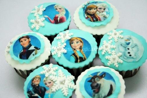 elsa-frozen-cupcake