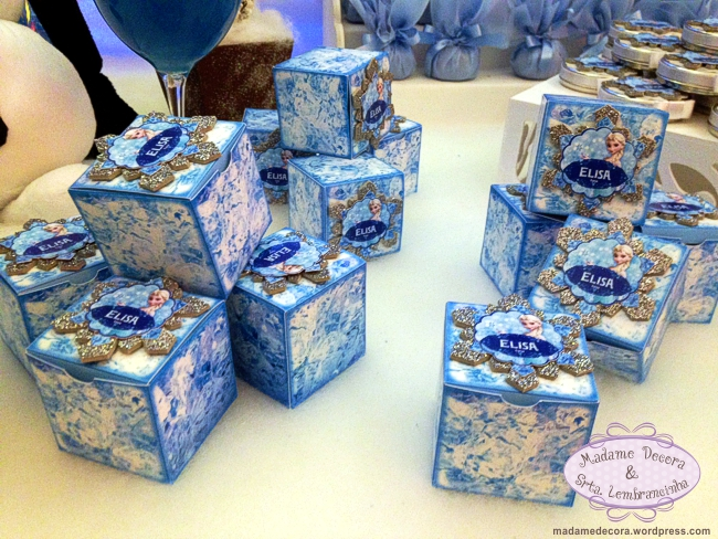 festa-frozen_-personalizados_caixinha-cubo-de-gelo