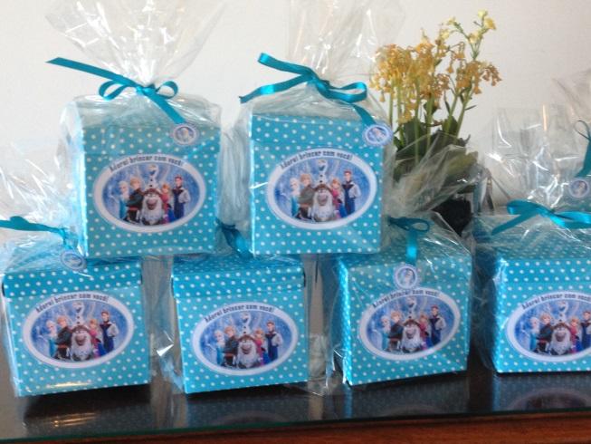 frozen-kits-personalizados-festa-de-aniversario