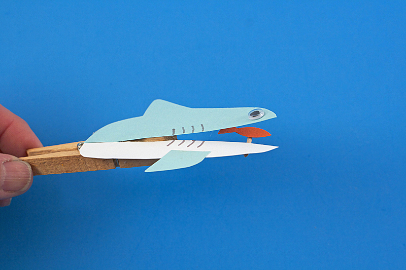clothespin-shark-step-6