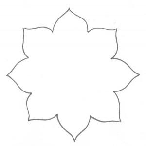 molde-passo-a-passo-cestinha-formato-flor-lembrancinha-enfeite-mesa-festa-aniversario-infantil-menina-eva-porta-guloseimas-dia-das-maes-9-300x300