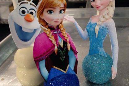 Cake Pop/ Bolo no palito Frozen