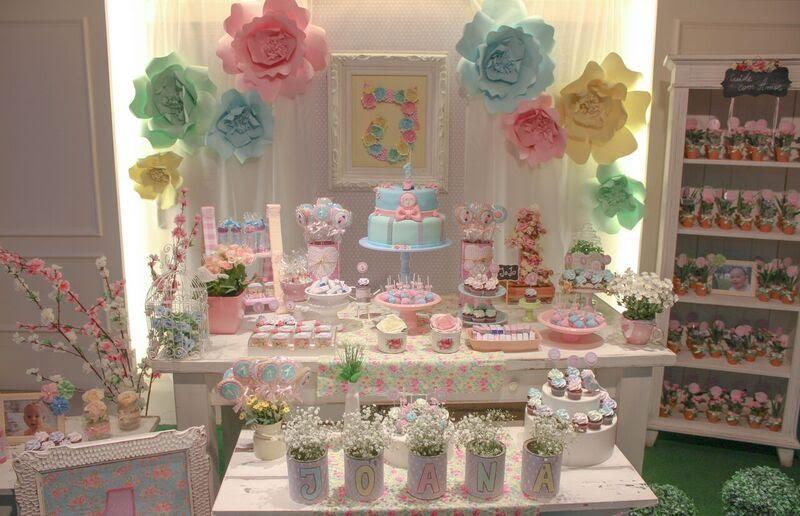 Festa flores para a pequena Joana 1 ano