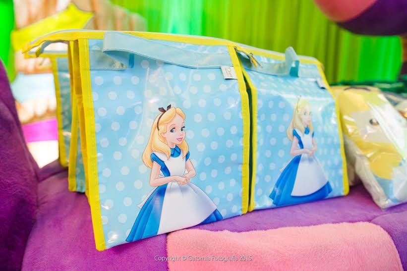 O que não pode faltar numa festa de aniversário infantil?