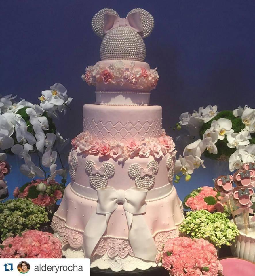 Bolo Minnie Rosa Inspire sua Festa 12