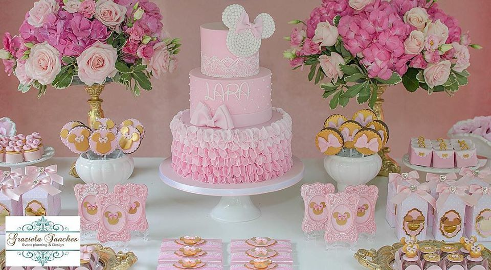 Bolo Minnie Rosa Inspire sua Festa 9