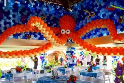O mundo encantado dos balões: painéis fazem toda a diferença na decoração de festas