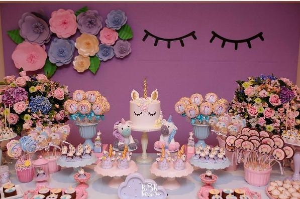 Festa unic rnio mais de 30 lindas ideias inspire sua for Decoracion 15 anos unicornio