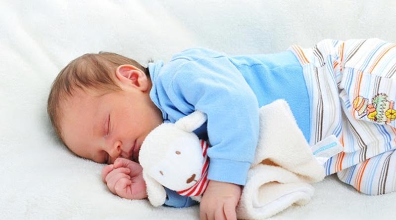 Seis dicas para fazer o bebê dormir a noite inteira