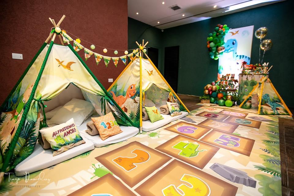 Festa infantil no tema Dinossauros